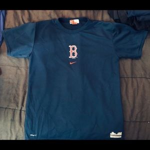 Nike DRiFiT Boston Red Sox warm up T-shirt men's L